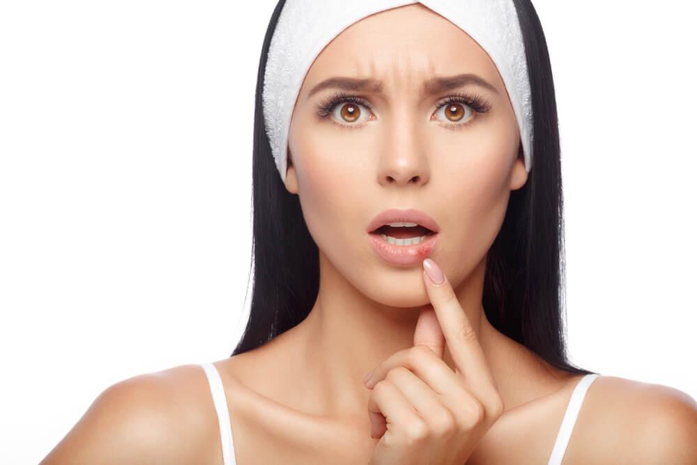 Fototerapia VPL – na pomoc w walce z trądzikiem