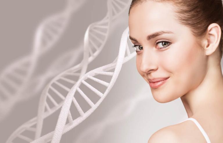 Podanie osocza bogatopłytkowego Regeneris na skórę – poznaj zabieg krok po kroku