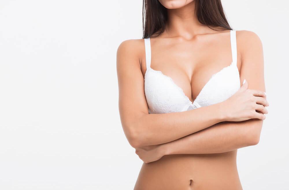 Powiększanie piersi. Co należy o nim wiedzieć?