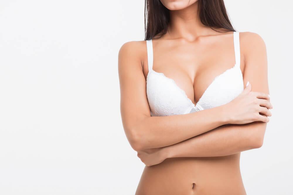 Powiekszanie piersi. Co nalezy o nim wiedziec