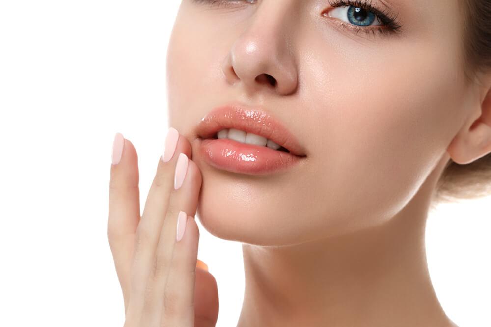 Kwas hialuronowy, czyli calusne usta dla kazdego