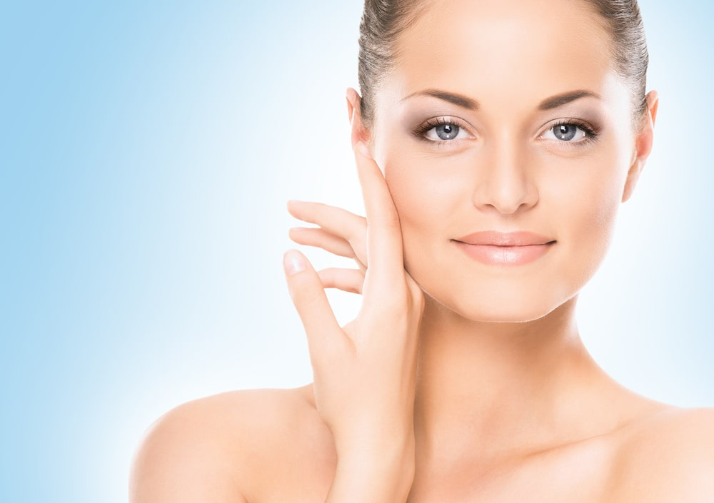 Najlepsze zabiegi kosmetyczne na lato – przeglad najciekawszych rozwiazan