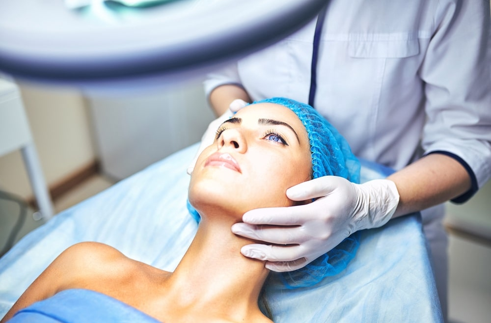 Po wakacjach czas na wizytę u kosmetologa