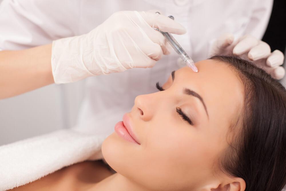 Botoks nie tylko na zmarszczki – inne medyczne zastosowania botoksu